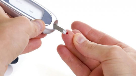 Patir diabetes pot provocar diferents complicacions dentals que pot solucionar a Raga Dentistes